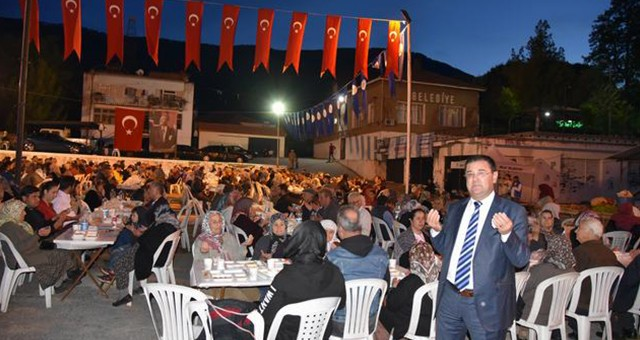 MİLAS BELEDİYESİ'NİN 2. İFTAR SOFRASI  BAFA MAHALLESİNE KURULDU.