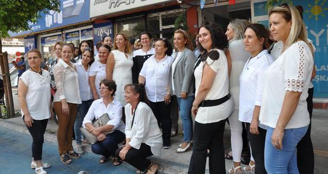 İYİ Parti Kadın kollarının temeli Milas'ta atıldı