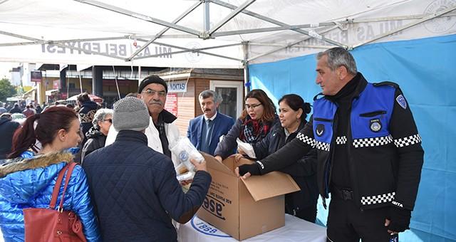 Milas Belediyesi'nden Vatandaşlara Bez Torba…
