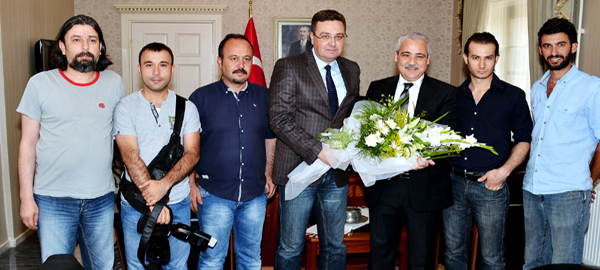 Muğla Büyükşehir Gazeteciler Cemiyeti yöneticileri Vali Güvençer'i ziyaret etti