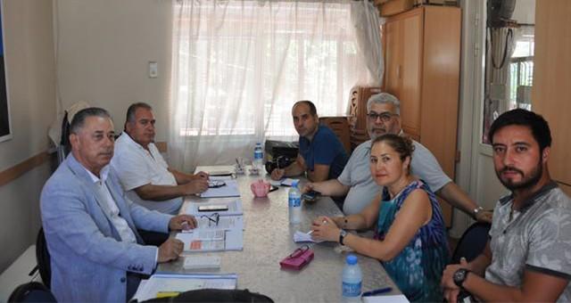 """Özcan, belediye başkanlarının görevden alınmasını eleştirdi:  """"İçişleri Hukukun üzerine çıkmıştır"""""""