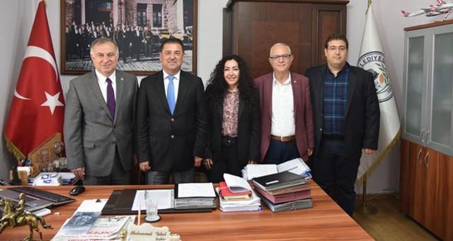 CHP İstanbul Milletvekili Zeybek'ten Başkan Tokat'a ziyaret
