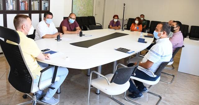 Kaymakam Böke başkanlığında gerçekleştirilen toplantıda pandemi tedbirleri kapsamında yürütülecek çalışmalar değerlendirildi