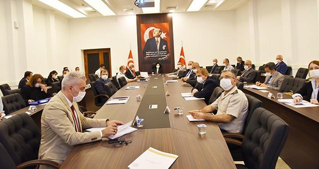 Vali Civelek Başkanlığı'nda İl Pandemi Kurulu toplantısı yapıldı