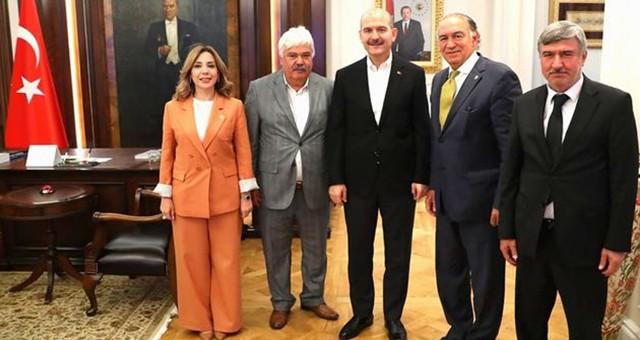 AKP'li Milletvekili ve başkanlardan İçişleri Bakanı Soylu'ya ziyaret
