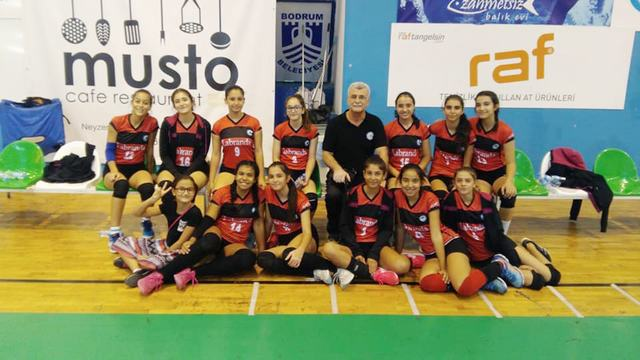 Hafta Sonu Milas'ta Küçük Kızlar Voleybol Maçları