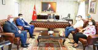 Başkan yardımcıları, Kaymakam Arslan'ı ziyaret etti