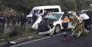 Feci kazada 2 kişi hayatını kaybetti, 3 kişi de yaralandı