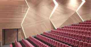 Milas, modern bir konferans ve tiyatro salonuna kavuşuyor. Ama..