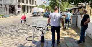 Milas Belediyesi yoğun mesai harcıyor..
