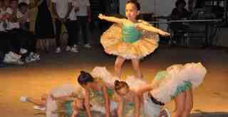 Geleceğin balerinleri göz doldurdu