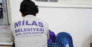 Milas Belediyesi'nden kırtasiye yardımı